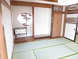 和室1階8畳の...