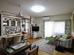 池田市荘園1丁目中古戸建 5LDKの居間