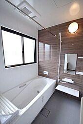 1坪以上の浴室で快適なバスタイムをご提供いたします。追焚機能付きです。