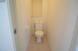 各戸、温水洗浄便座への交換工事もお任せ下さい。