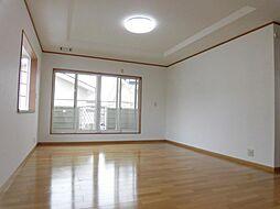 2階東側洋室は...