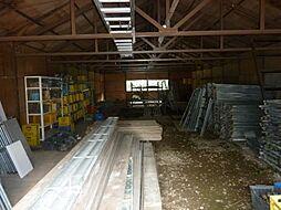 倉庫2内部