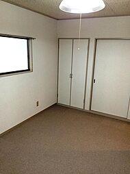 2階洋室西側