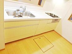 スライド収納、シャワー水栓