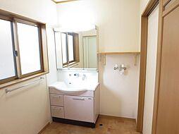 洗面脱衣室です...