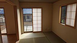 1階6帖和室で...