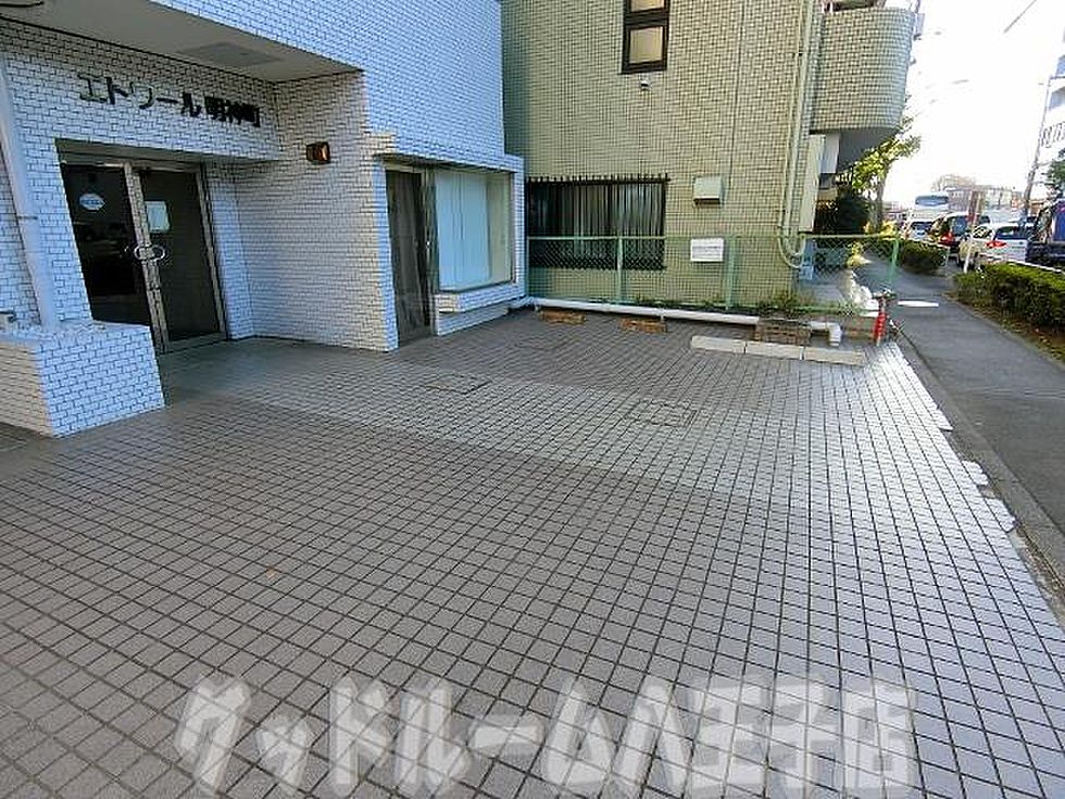 駐車場(エトワール明神町の写真 お部屋探しはグッドルームへ)