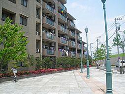 ルイシャトレ新横浜ガーデンスクウェア[2階]の外観