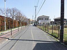 北側道路 8.8m