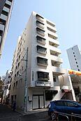 代々木駅、新宿駅、新宿三丁目駅徒歩10分圏内。都会で働く方にオススメの1SLDKです