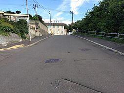 前面道路 8m