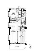 3階部分の南西角部屋につき、陽当たり・通風良好。新規内装リノベーション済み、家具・エアコン付きのお部屋です。