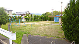 白鳳ハイツ公園まで約160m