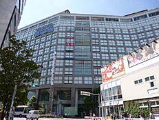 デパート新宿タカシマヤまで1874m