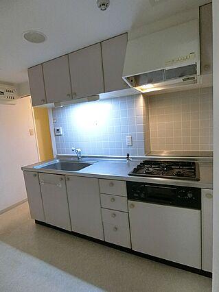 キッチンは洗面...