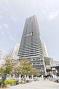 都営大江戸線「勝どき」駅直結タワーマンション。