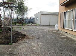敷地内の倉庫