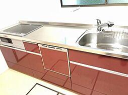 調理動線を考慮したシステムキッチンで、快適にお料理ができます