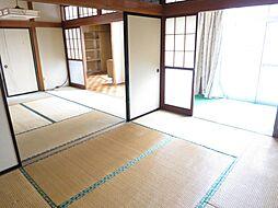 和室1階の6畳...