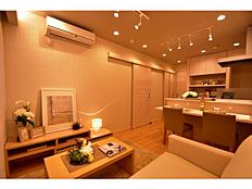 ~ 新規内装リノベーション 充実内容のリフォーム 家具付き販売 アフターサービス保証有り ~