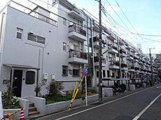 65世帯ある大きなマンションになっています。