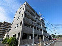 千葉県成田市加良部1丁目の賃貸マンションの外観