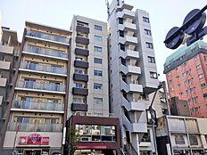 10階建ての6階に位置しています。