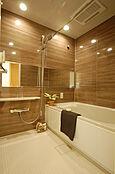 換気や、暖房、雨の日のお洗濯にも大活躍の浴室換気乾燥機付