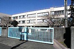 小学校稲城市立稲城第六小学校まで365m