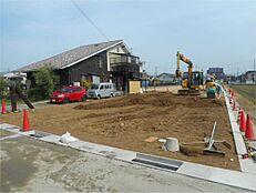 建築条件無しの土地なので、お好きなハウスメーカーさんで建築できます。