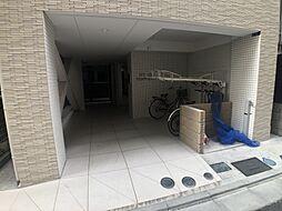 東京メトロ有楽町線 新富町駅 徒歩8分の賃貸マンション