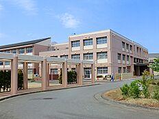 鑓水中学校 1050m