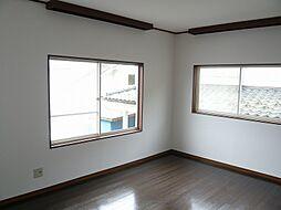 明るい2階居室