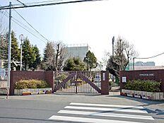 立川市立立川第二中学校 890m