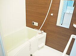 浴室広々とした浴室です
