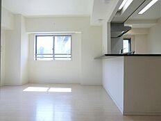 平成25年に建築された素敵なマンションです