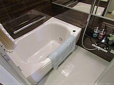 追い焚き・オートバス機能付きでいつでも快適にバスタイム浴室乾燥機付きです