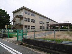 加古川市立陵北小学校まで650m
