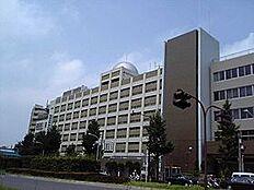 高校日本大学豊山高等学校まで674m