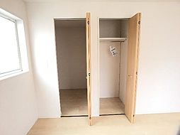 主寝室の納戸は...