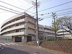 成瀬中央小学校