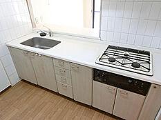 キッチン(コンロ交換前)