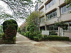 清瀬市立清瀬第三中学校まで900m、清瀬市立清瀬第三中学校まで徒歩12分。