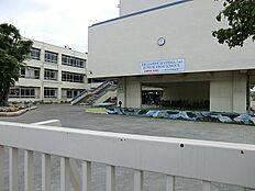 中学校 東村山市立第二中学校まで390m