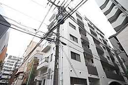 4駅5路線利用で、都心部へ直結。大手町・新宿・渋谷へのアクセスも良好。