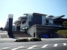 美術館和歌山県立近代美術館まで1536m