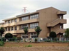 牛久市立中根小学校(1252m)