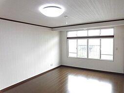 二階の洋室10...