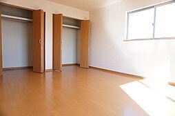 2階主寝室10...