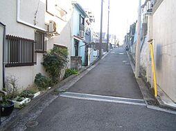 外観:前面道路